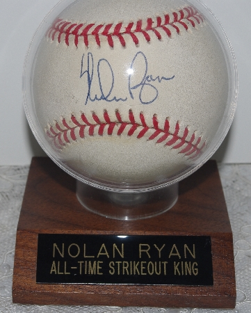 Popular Collectibles: Autographed  Baseball Memorabilia