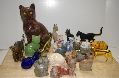 Popular Collectibles:  Cat  Figurines