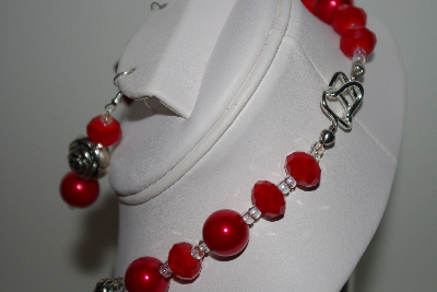 "MBAHB #013-200  ""One Of A Kind Red Shell Pearl/Crystal & Flower Bead Necklace & Earring Set"""