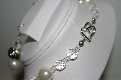 "MBAHB #013-063  ""One Of A Kind White Shell Pearl & Bead Necklace & Earring Set"""