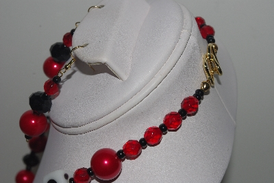 "MBAMG #018-111  ""One Of A Kind Black,Red & Dice Bead Necklace & Earring Set"""