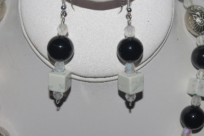"MBAMG #018-070  ""One Of A Kind Black & White Bead Necklace & Earring Set"""