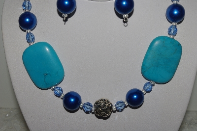 "MBAMG #018-044  ""One Of A Kind Turquoise Blue Bead Necklace & Earring Set"""
