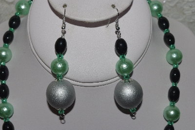"MBAHB #00013-8476 ""One Of A Kind Green, Silver & Black Bead Necklace & Earring Set"""