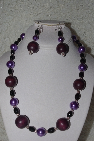 "MBAHB #00013-8447 ""One Of A Kind Purple, Black & Lavender Bead Necklace & Earring Set"""