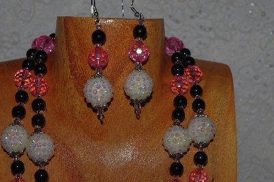 "MBADS #04-785  ""Pink, White & Black Bead Necklace & Earring Set"""
