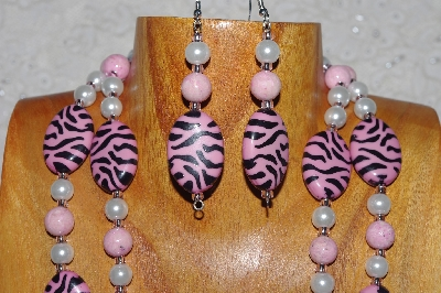 "MBADS #04-791  ""Pink & White Bead Necklace & Earring Set"""
