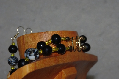 "MBADS #04-897  ""Black & Yellow Bead Necklace & Earring Set"""