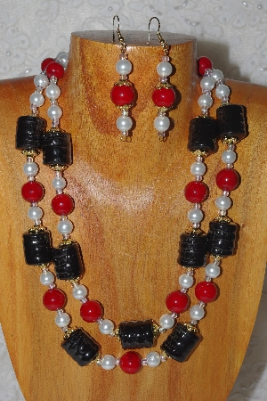 "MBADS #04-846  ""Red,Black & White Bead Necklace & Earring Set"""