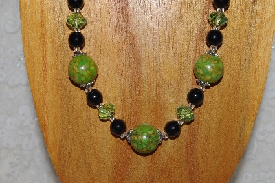 "MBAHB #58-0066  ""Green & Black Bead Necklace & Earring Set"""