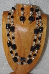 "+MBAHB #58-0167  ""Black & Tan Bead Necklace & Earring Set"""
