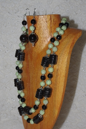 "MBAHB #58-0173  ""Green & Black Bead Necklace & Earring Set"""