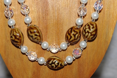 "MBAMG #100-0334  ""Brown,White & Clear Bead Necklace & Earring Set"""