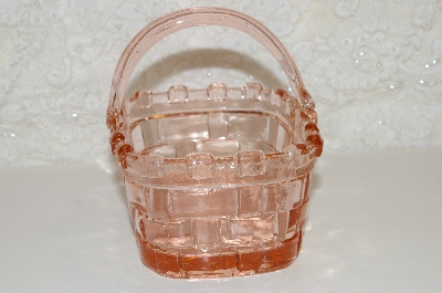 "**MBAHB #0025-0046  ""Fancy Pink Glass Basket"""