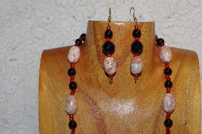 "MBAHB #312-0019  ""Redline Marble & Mixed Bead Necklace"""