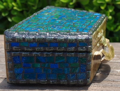 "MBA #5559-0025  ""Black  & Multi Blue Green Stained Glass Purse Shaped Mosaic Jewelry Trinket Box"""