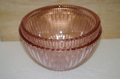 "**MBA #14-001   ""Set Of 2 Palisades Pink Glass Serving Bowls"