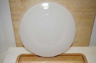 "**MBA #14-281   ""2004 THT White Milk Glass Pie Plate"""
