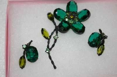 +MBA #16-548  Antique Green Glass Flower Pin & Earring Set