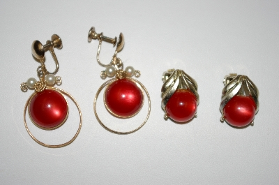 **MBA #25-701  2 Pairs Vintage Red Acrylic Earrings