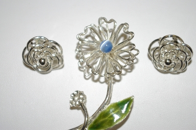 +MBA #25-387  3 Pieces Of Vintage Silver Tone Jewelry