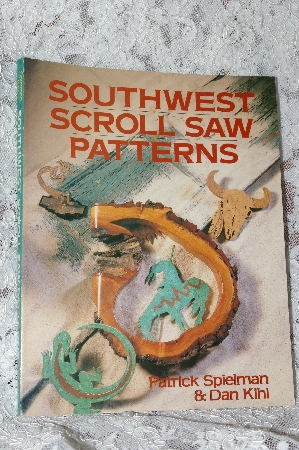 "+MBA #40-238  ""1994 ""Southwestern Scroll Saw Patterns"""
