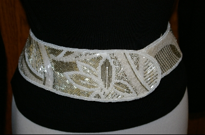 "+MBA  ""1980's Silver & White Hand Beaded Belt"