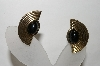 +MBA #88-173   Vintage Black Stone Gold Tone Clip On Earrings