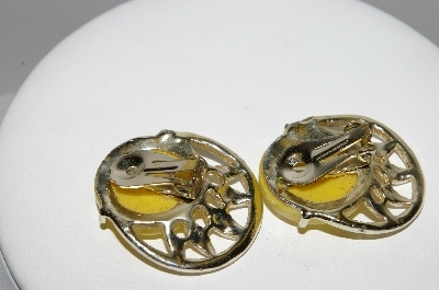 "MBA #96-040  ""Vintage Goldtone Yellow Lucite Clip On Earrings"""