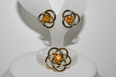 "+MBA #E44-154   ""Vintage Gold Tone Signed Pin & Earring Set"""