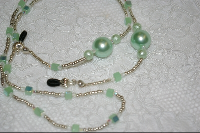 "+MBA #6493  ""Pale Green Glass Pearls"""