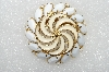 "**MBA #E54-029   ""Vintage Gold Tone Enameled & White Milk Glass Stone Round Brooch"""