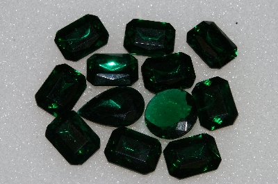 "+MBA #S25-196   ""Vintage Lot Of 12 DK Green Faceted Large Glass Rhinestones"""