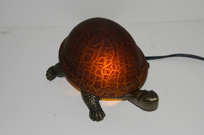 "MBA #S30-073   ""2003 Amber Lighted Crackle Turtle Accent Lamp"""