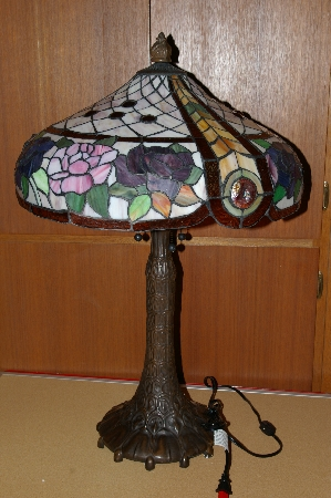 "**MBA #S19-009   ""Older Beautiful Pink & Purple Rose Stained Glass Table Lamp"""