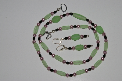 "MBA #B1-168 ""Lime Green Glass Bead Necklace & Earring Set"""