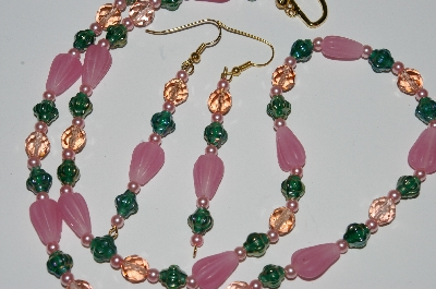 "MBA #B1-053  ""Pink & Green Glass Bead & Pearl Necklace & Earring Set"""
