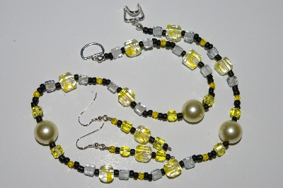 "MBA #B1-037  ""Fancy Yellow & Black Glass Bead & Pearl Necklace & Earring Set"""
