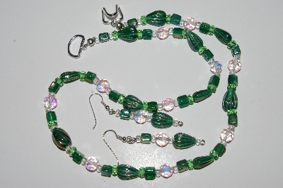 "MBA #B1-090   ""Green Glass & Crystal Bead Necklace & Earring Set"""