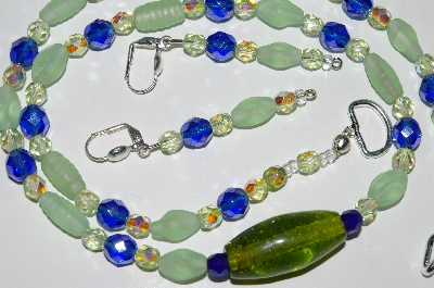 "MBA #B2-093   ""Matte Pale Green Glass & Crystal Bead Necklace & Earring Set"""