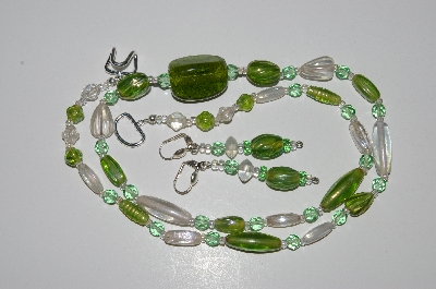 "MBA #B4-3003  ""Green & Clear Luster Glass Bead & Crystal Necklace & Matching Earring Set"""