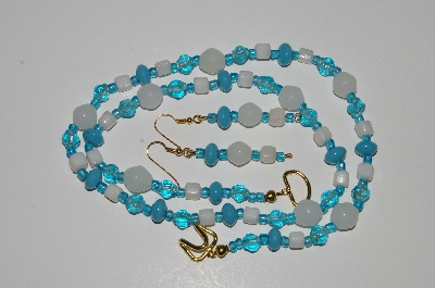 "MBA #B4-2985  ""Blue & White Glass Bead Necklace & Matching Earring Set"""