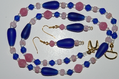 "MBA #B4-2944  ""Matte Blue & Pink Glass bead Necklace & Matching Earring Set"""