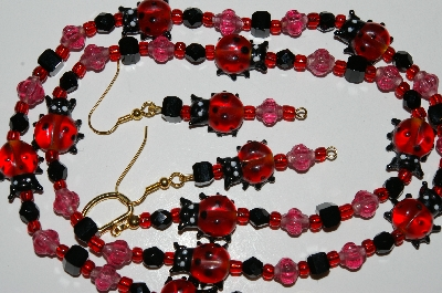 "MBA #B5-057  ""Glass Lady Bug, Glass Beads & Crystal Necklace & Earring Set"""