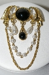"+MBA #88-190  ""Unsigned Vintage Gold Tone Black Stone & White Glass Pear Brooch"