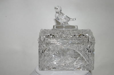 "**MBA #89-065  ""Fancy Clear Crystal Bird Toped Trinket Box"""