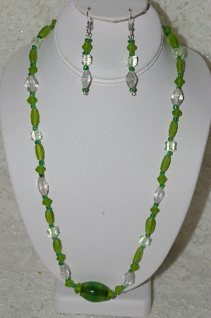 "MBAHB #33-188  ""Fancy Frosted Green Glass, Clear Luster Glass & Clear & Green Glass Cube Bead Necklace & Matching Earring Set"""