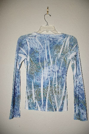 "MBADG #52-110  ""Body Central Fancy Blue Stretch Top"""
